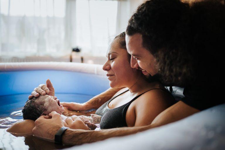 badbevalling geboorte fotograaf 768x512 - Portfolio